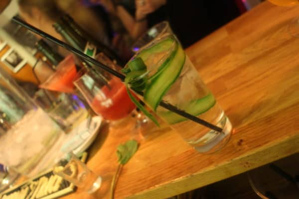 Lej en Cocktail Bar - Sund underholdning til fest? Vi har en økologisk cocktail bar!