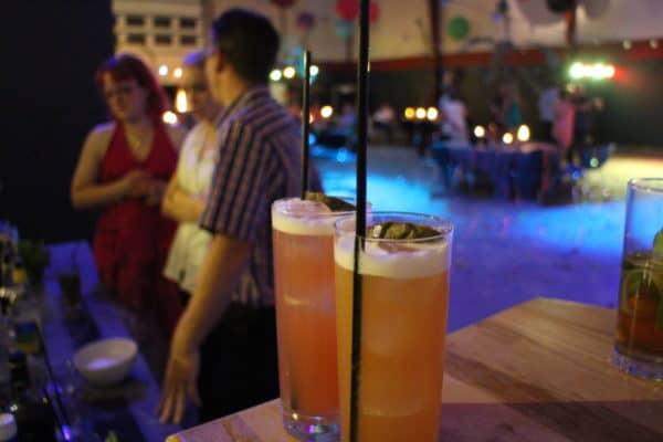 Underholdning til fest - Lej Cocktailbar - Cocktail Bar til fest - Cocktails til fest