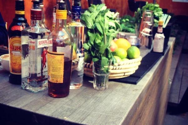 Firma Cocktail Baren - Økologisk Alkoholfri Cocktail Bar