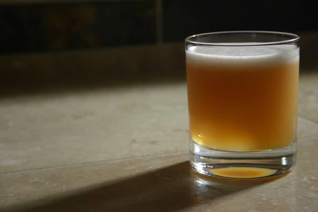 Whisky Sour - Klassiske Cocktails - Moderne cocktails - Skål