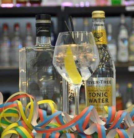 gin og tonic cocktail pakke