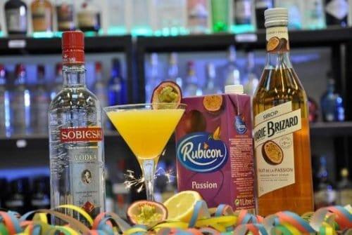 passion martini cocktail pakke velkomstdrink til nytår - bedste velkomstdrink til fest