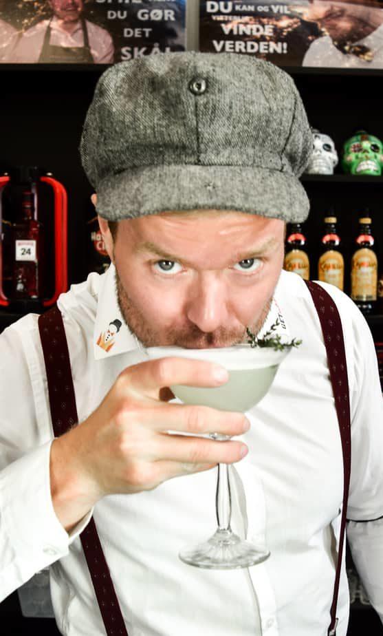 Gin Fizz Cocktails med Gin - Bedste Gin Cocktails Gin Fizz opskrift drinks opskrifter