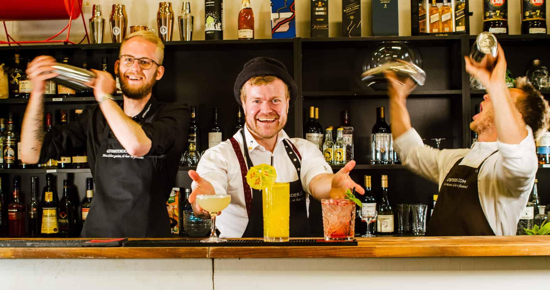 Cocktail Bar til fødselsdag Festplanlægning - Event Julefrokost Bar - Cocktails til julefrokost - Underholdning til julefrokost - firma julefrokost - Cocktail Bar til julefrokost